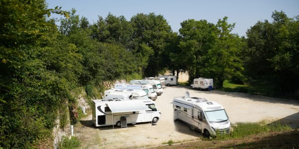 aire camping car 2red